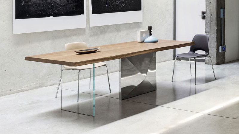 Cubric table - Katia chairs