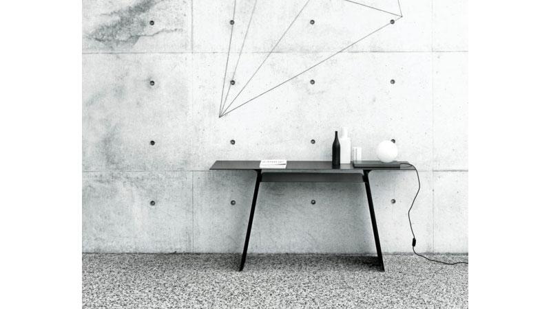 Console table Inari