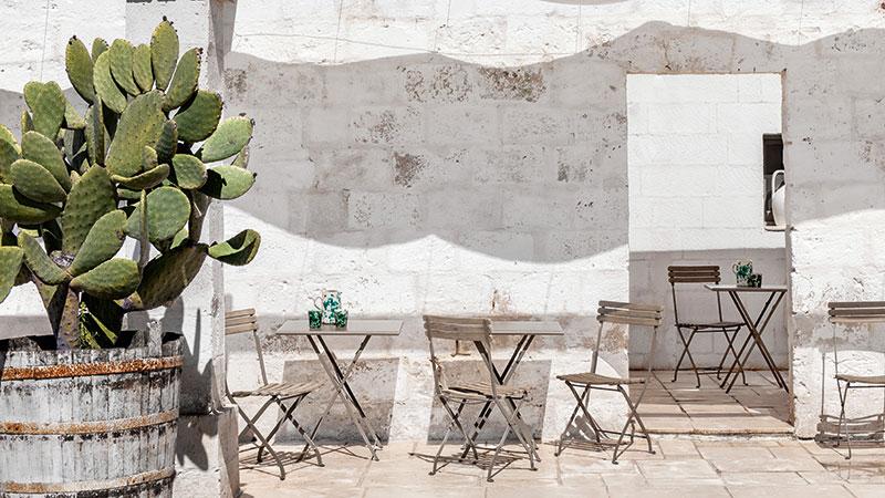 Tavolo Flower e sedie pieghevoli Laren