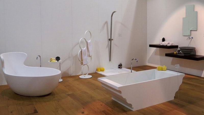 Vasca e porta ascgiugamani Arne - Vasca e lavabo Grand Tour - gruppo doccia Cobra