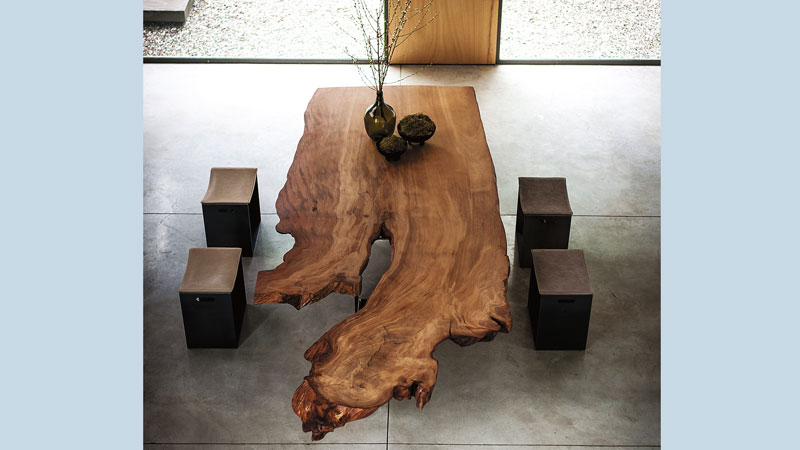 LOCATION BRESCIA | NEWTON KAURI designed by  CR&S Riva 1920 - BARNEY SMALL designed by Terry Dwan