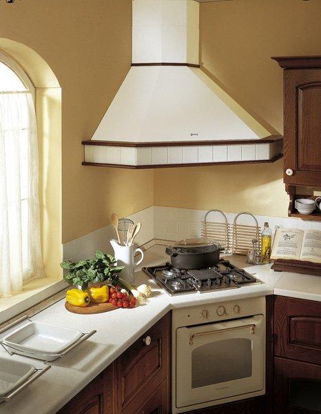 Cappe da cucina tutte le offerte cascare a fagiolo - Cappa per cucina in muratura ...
