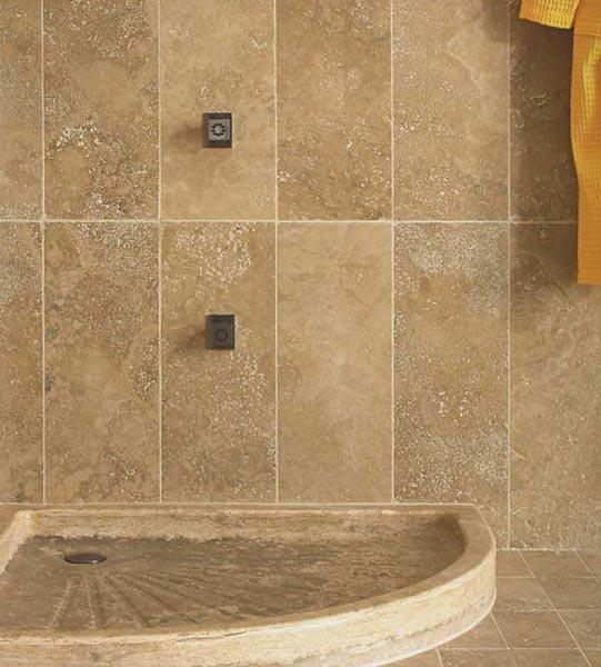 Piatti doccia: Piatto doccia Leda da I Sassi di Assisi