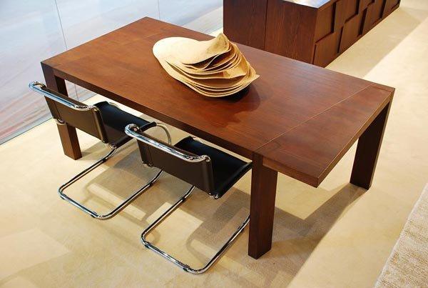 Tavoli tavolo trapezio da grattarola for Outlet webmobili