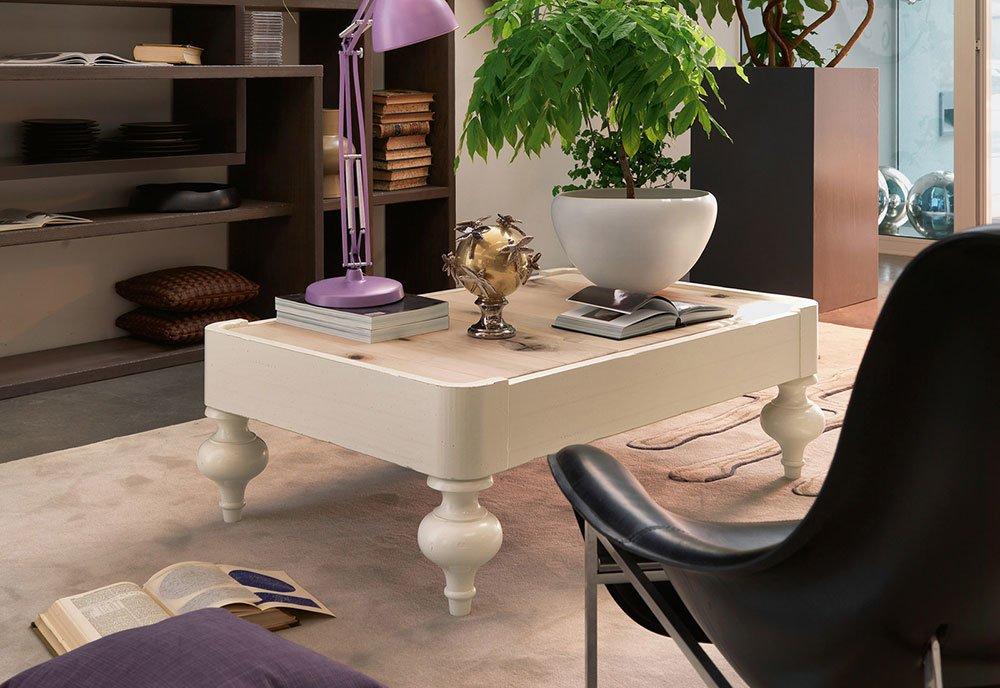 Tavolini da salotto ikea tutte le offerte cascare a for Offerte mobili salotto