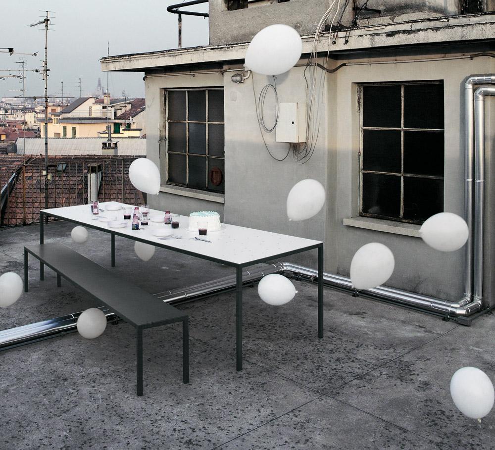 tisch outdoor design gartentische tisch helsinki outdoor von desalto