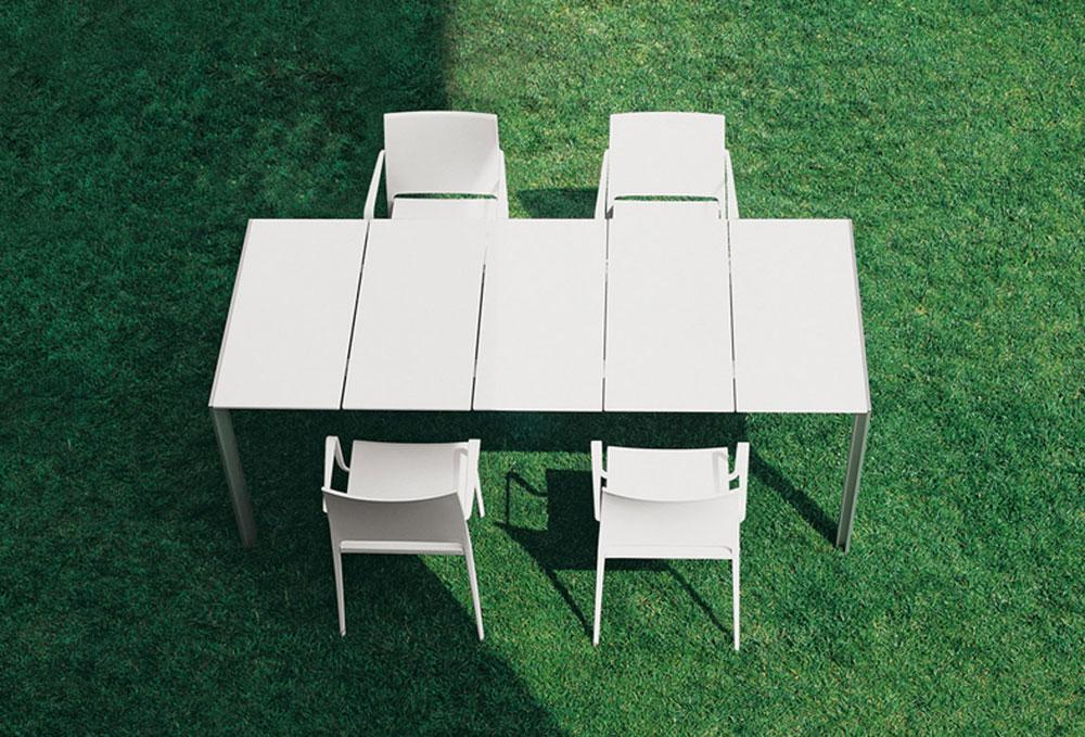 Tavolini da esterno tavolo matrix outdoor da pedrali for Produttori tavoli allungabili