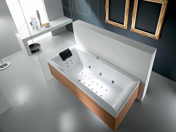 Vasche idromassaggio vasca idromassaggio tahaa b da titan - Titan bagno san marino ...