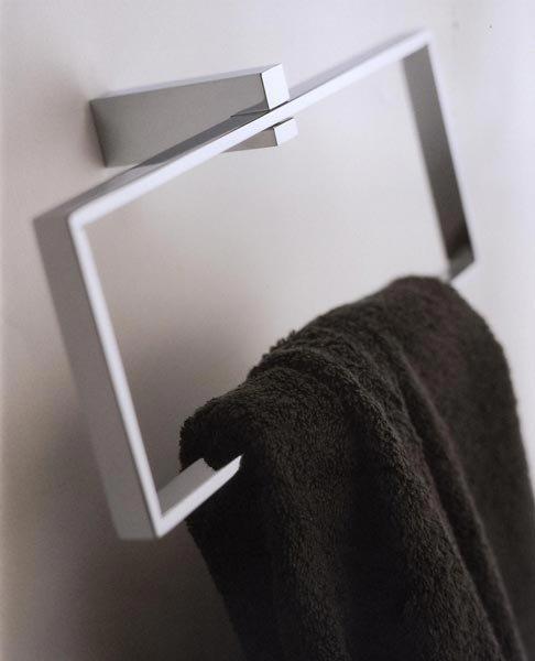Accessori bagno porta salviette on line da bertocci for Webmobili outlet