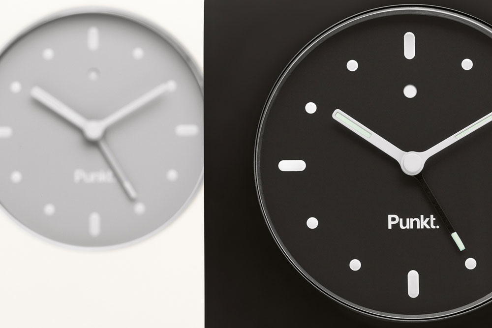 High-Tech Design Accessories: Alarm Clock AC 01 by Punkt.