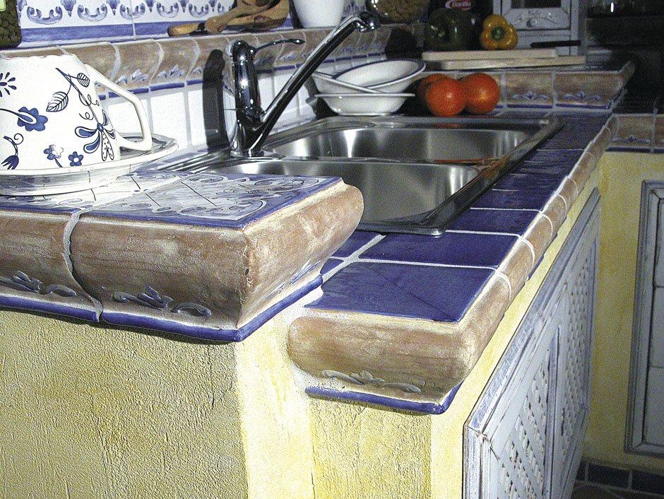 Cotto collezione cristina blu da cotto nettuno - Decori per cucine in muratura ...