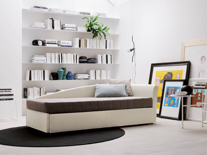 Divani letto divano letto camaleo da rigosalotti for Divani letto trento