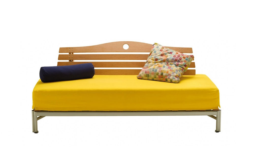 Divani letto divano letto park da biesse - Divano letto con doghe ...