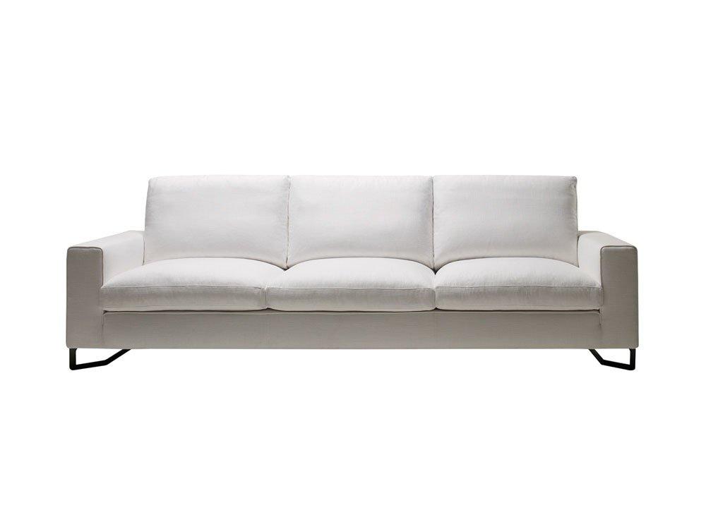 Divani tre posti divano portfolio da molteni c for Poltrone e sofa biella