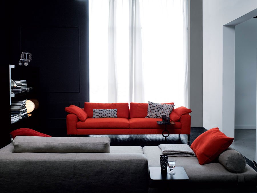 Divani tre posti divano molvedo da swan italia for Divani trentino alto adige