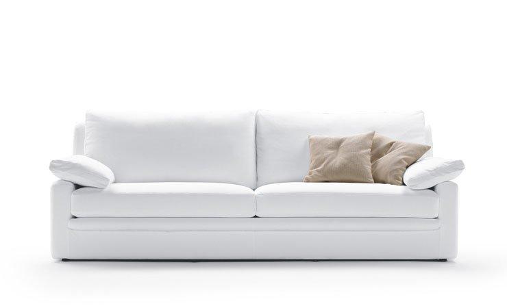 Divani tre posti divano piuma da biba salotti for Poltrone e sofa biella