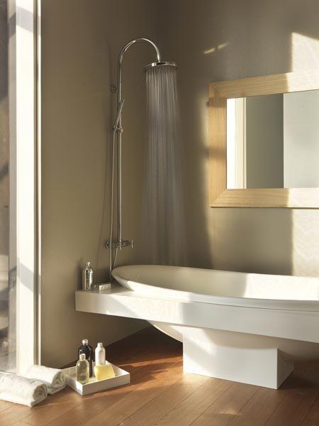 Gruppi doccia e vasca gruppo doccia diamond column da bossini for Gruppo doccia