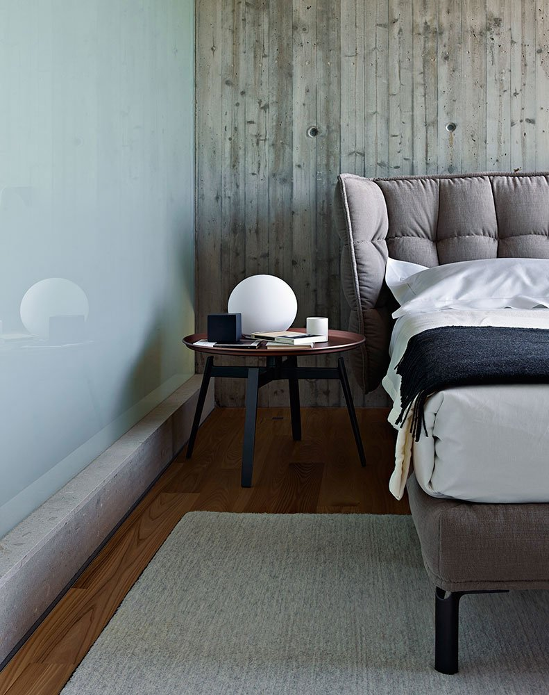 b b italia doppelbetten bett husk designbest. Black Bedroom Furniture Sets. Home Design Ideas