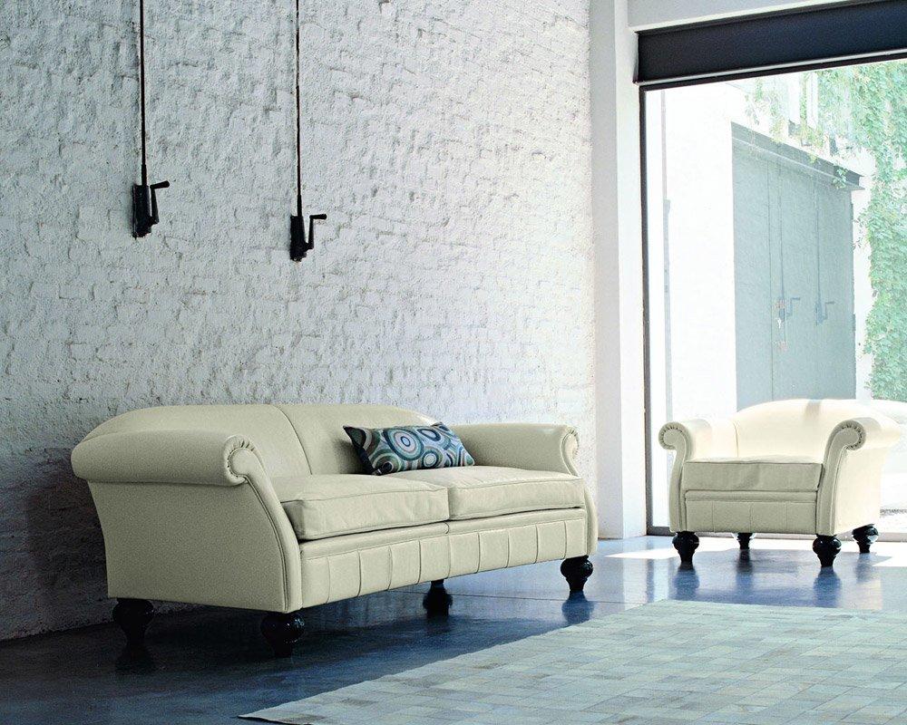 Poltrone poltrona ottocento da doimo sofas for Poltrone e sofa biella