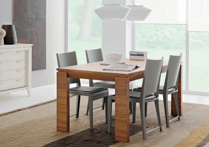 Tavoli tavolo caprifoglio da le fablier for Sedie design imitazioni