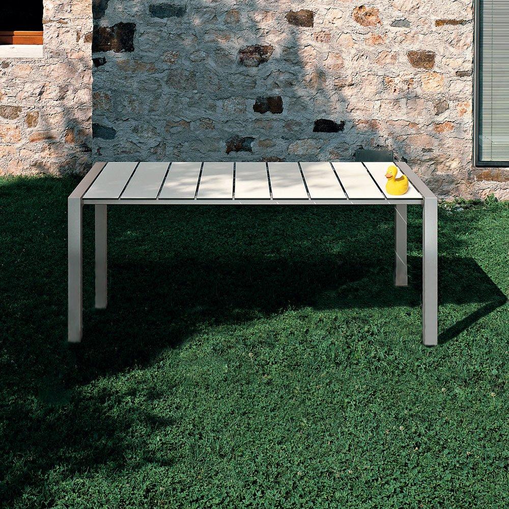 Kristalia gartentische tisch sushi outdoor designbest for Tisch outdoor design