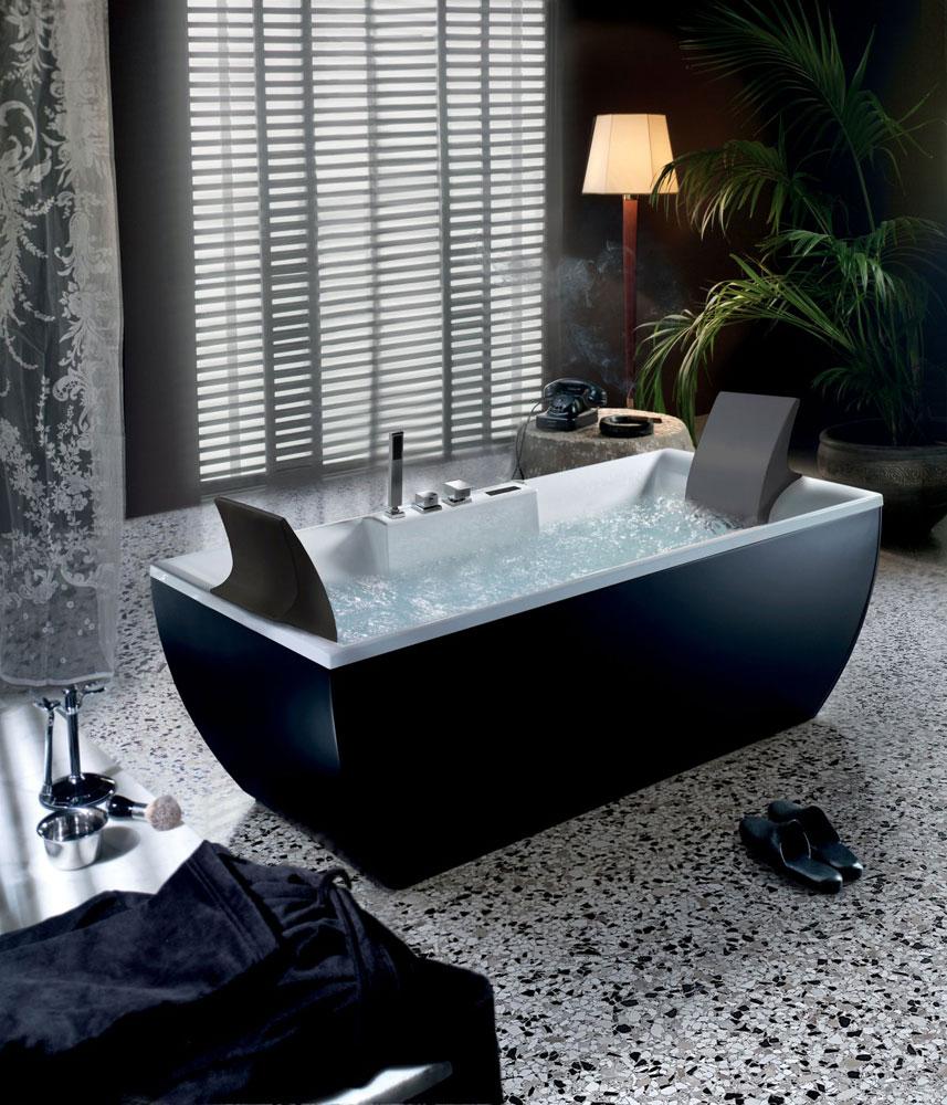 Vasche idromassaggio: Vasca idromassaggio Kalì Color 170 da BluBleu