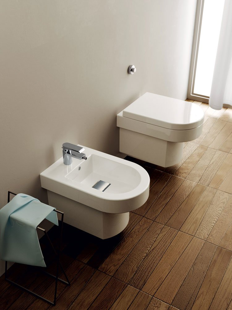 teuco wc und bidets wc und bidet wilmotte designbest. Black Bedroom Furniture Sets. Home Design Ideas