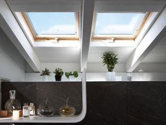 Lucernari tutte le finiture per interni internicasa for Finestre x tetti
