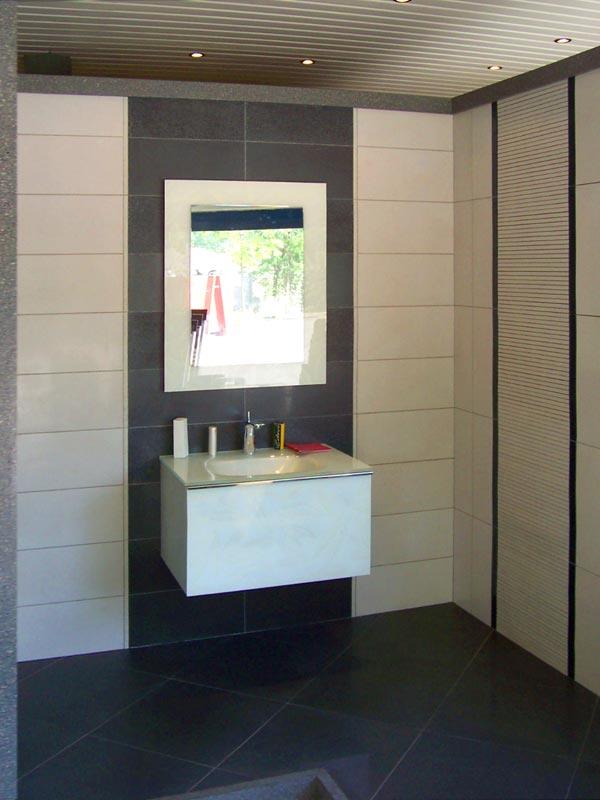 Ediltre trento internicasa for Mobili bagno trento