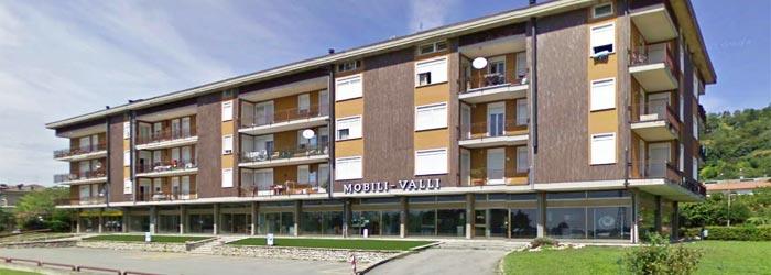 Mobili valli chiuduno webmobili for Arredo famiglia terni