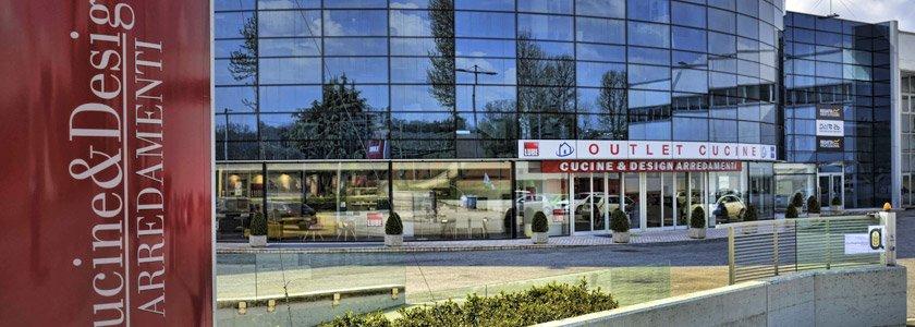 Cucine e design arredamenti negozio a montebelluna for Arredamenti montebelluna