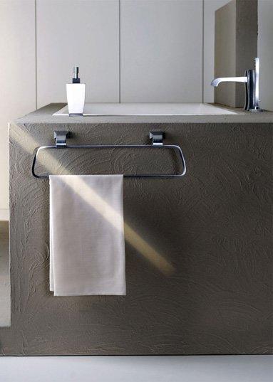 Bathroom accessories towel rack mimi by gessi for Portasalviette bagno design