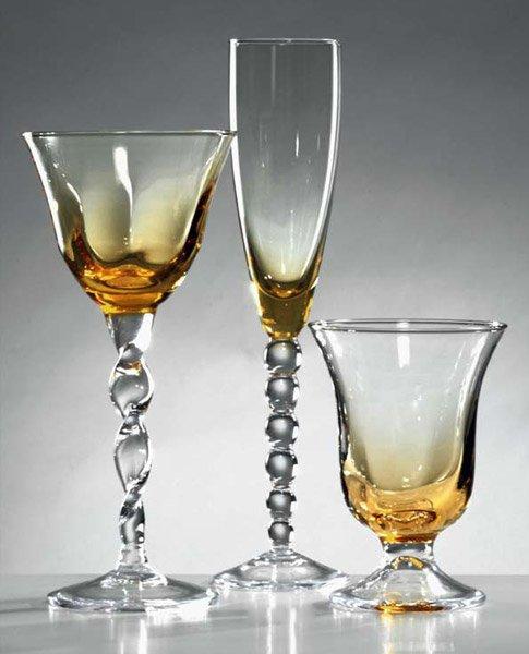 Bicchieri da tavola servizio villa d da modigliani - Disposizione bicchieri in tavola ...