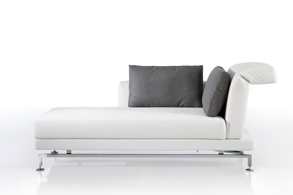 Br hl chaise longue chaiselongue moule designbest for Chaise longue halle