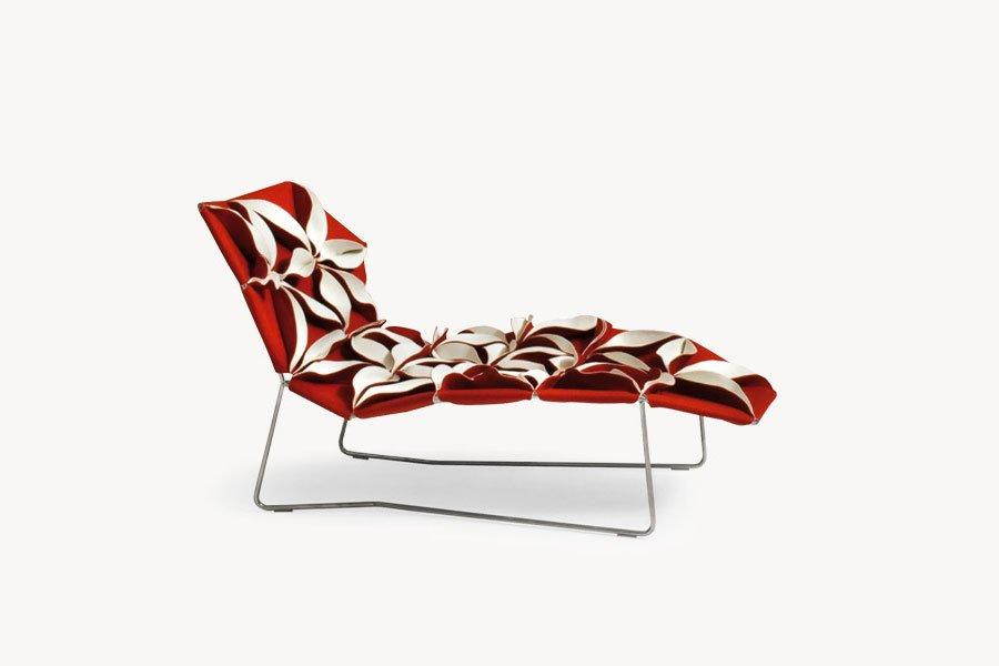 Chaise longue chaise longue antibodi by moroso for Chaise longue d interieur design