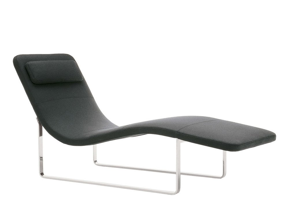 Chaise longue chaise longue landscape by b b italia for Chaise de salon moderne