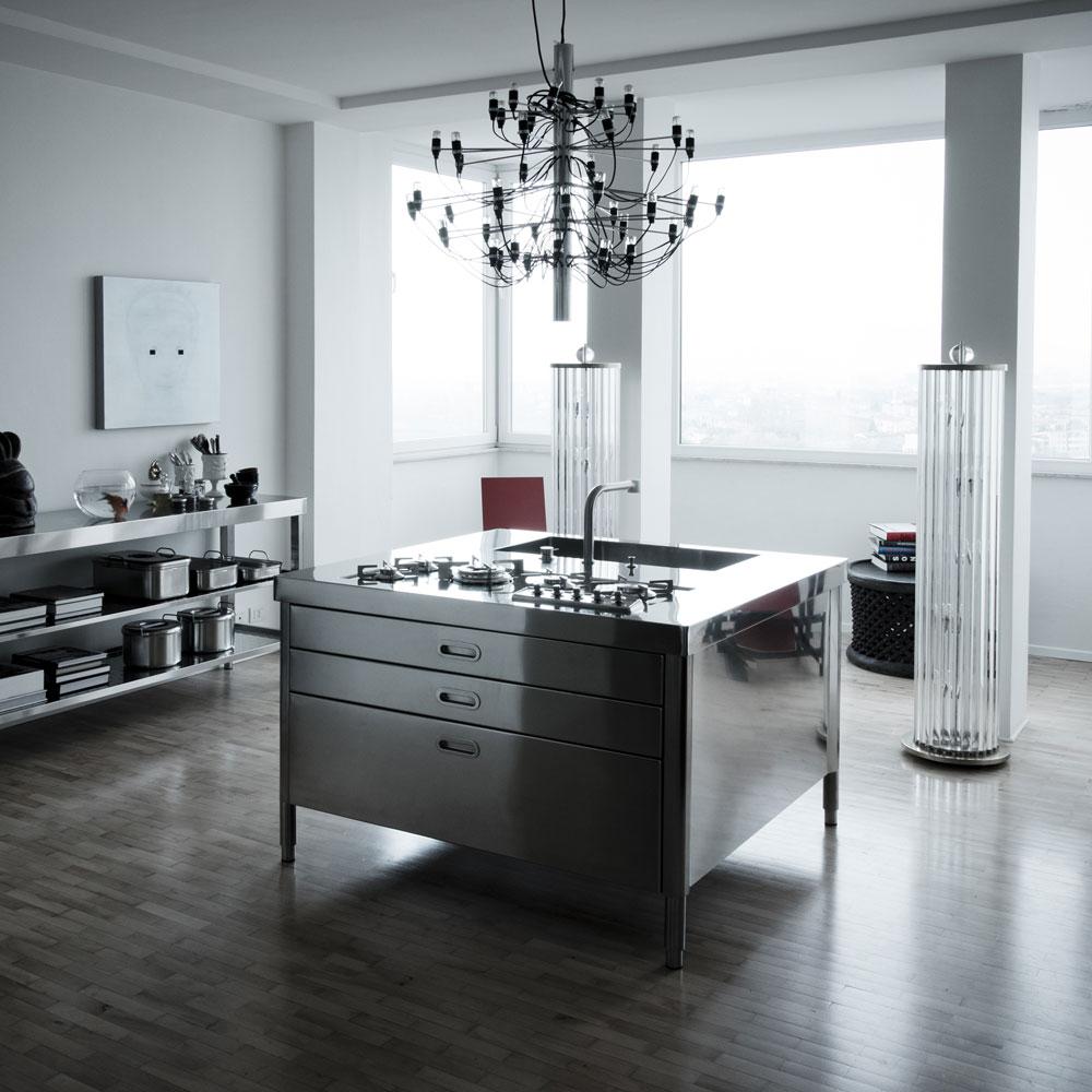 freistehende k chen k che c von alpes inox. Black Bedroom Furniture Sets. Home Design Ideas