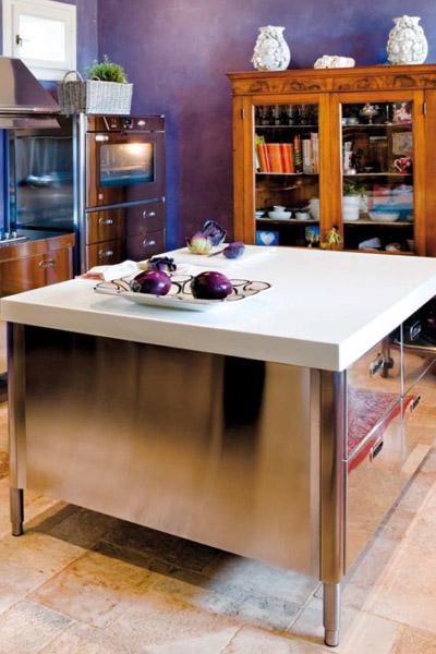 freistehende k chen k che g von alpes inox. Black Bedroom Furniture Sets. Home Design Ideas