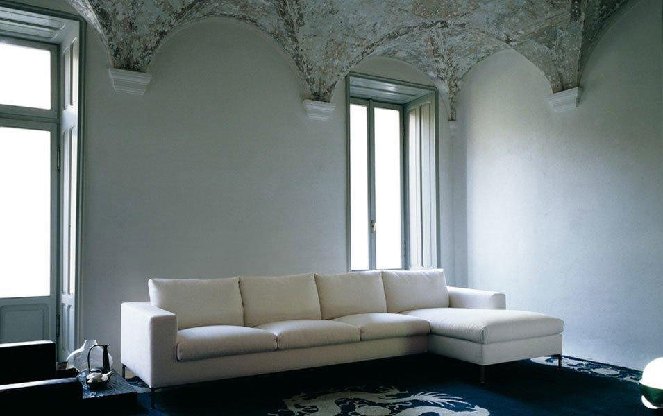 Divani con penisola composizione box da living divani for Negozi divani trento