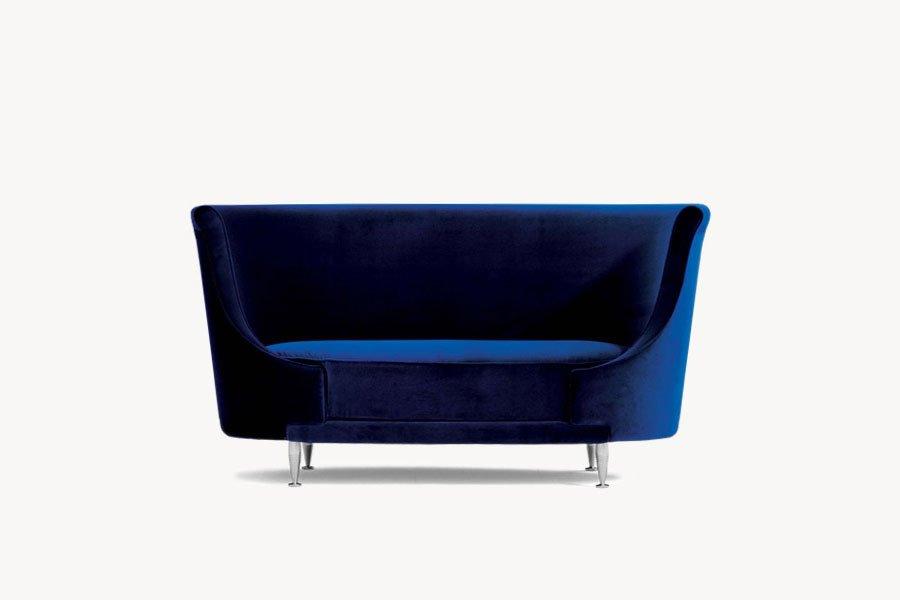 divani due posti divano newtone ovale da moroso. Black Bedroom Furniture Sets. Home Design Ideas
