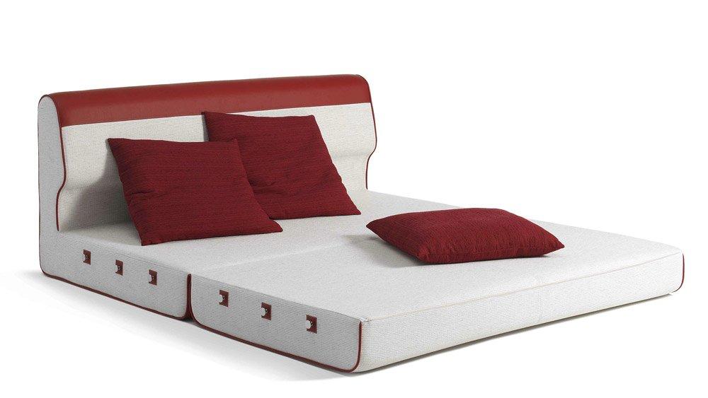 Divani letto divano letto easy sleep da paolo castelli for Divani letti moderni