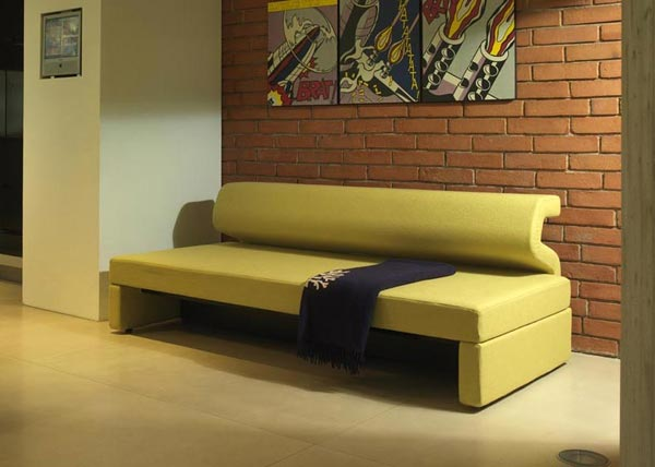 Divani letto divano letto jimi da milano bedding for Divani letto trento