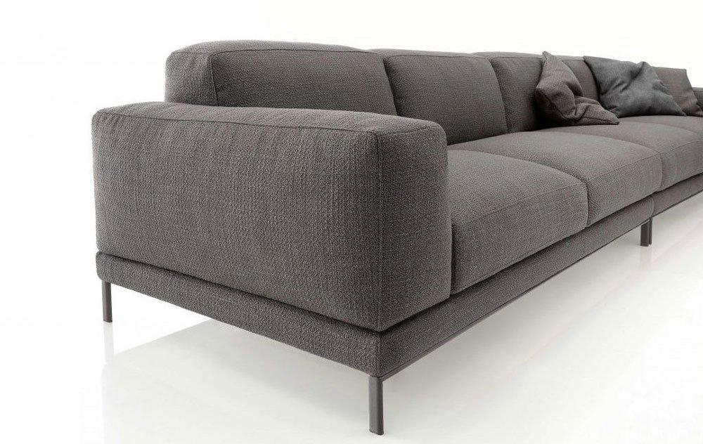 Divani quattro o pi posti divano shade da ditre italia for Divano quattro posti