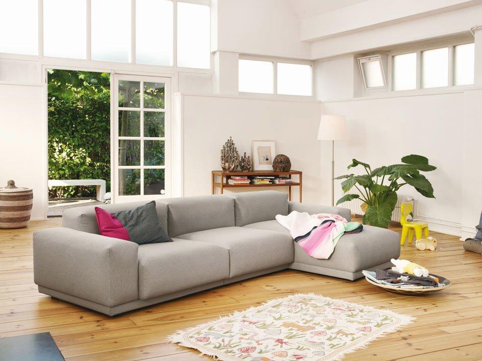 Divani quattro o pi posti divano place sofa da vitra for Divano quattro posti misure