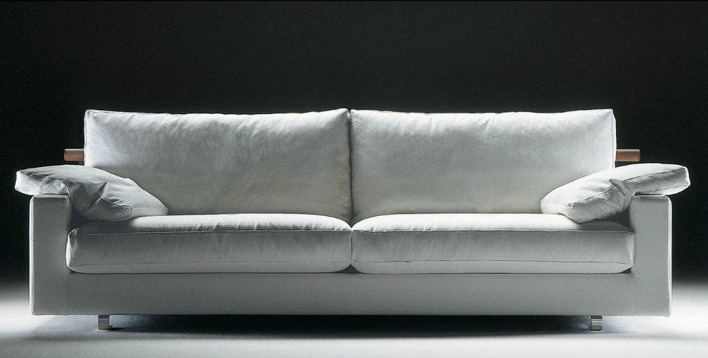 Divani tre posti divano patrik da flexform for Flexform divani outlet
