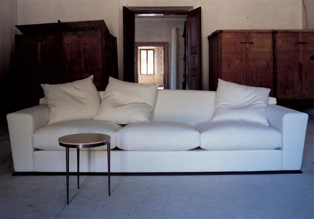 Divani tre posti divano hill da flexform mood for Divani trentino alto adige