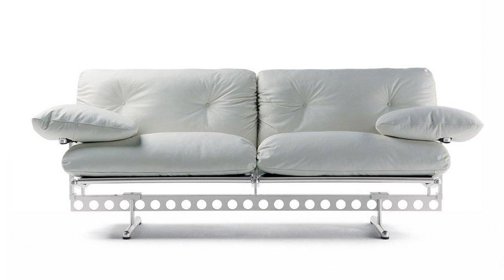 Casa moderna roma italy divano poco profondo - Divano profondo ...