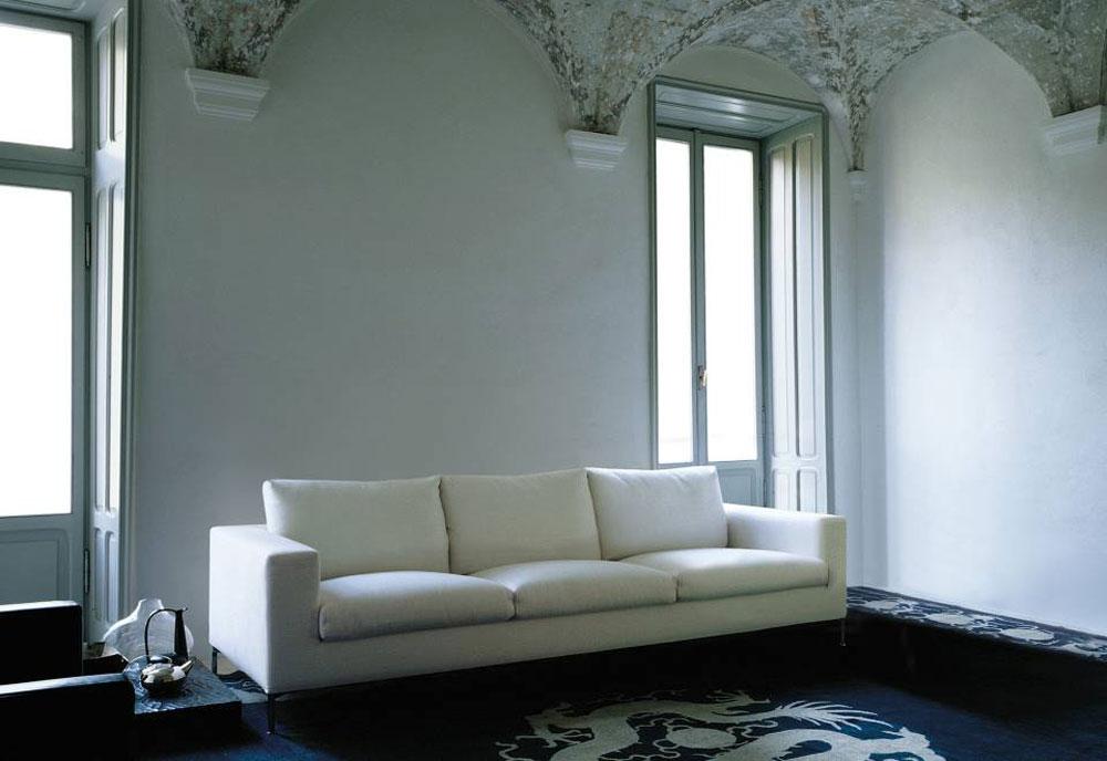 Divani tre posti divano box da living divani for Divano quattro posti misure