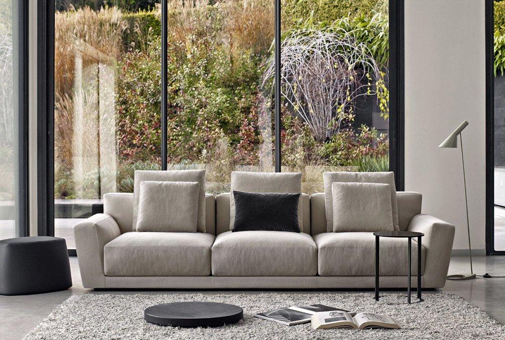 Divani tre posti divano luis da b b italia for Outlet webmobili