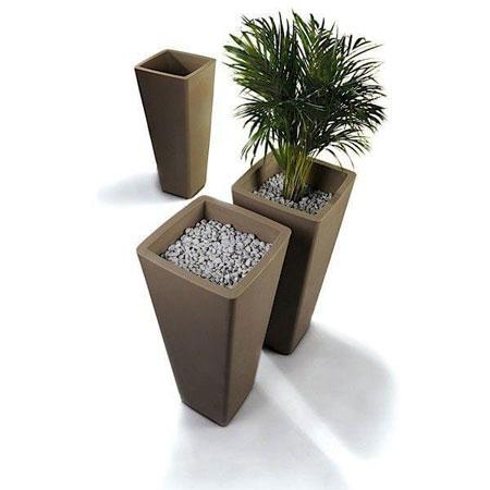 Vase All So Quiet